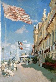 The Hotel des Roches Noires at Trouville, 1870 von Monet | Gemälde-Reproduktion